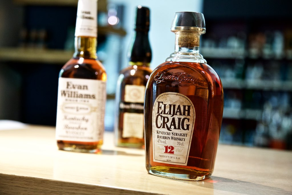 Elijah Craig und Evan Williams Bourbon Whiskey