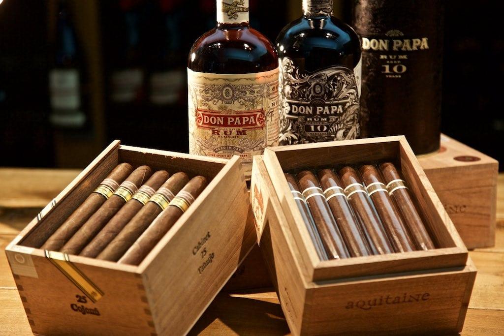 geschenke f r m nner in berlin kaufen spirituosen zigarren verkostu. Black Bedroom Furniture Sets. Home Design Ideas