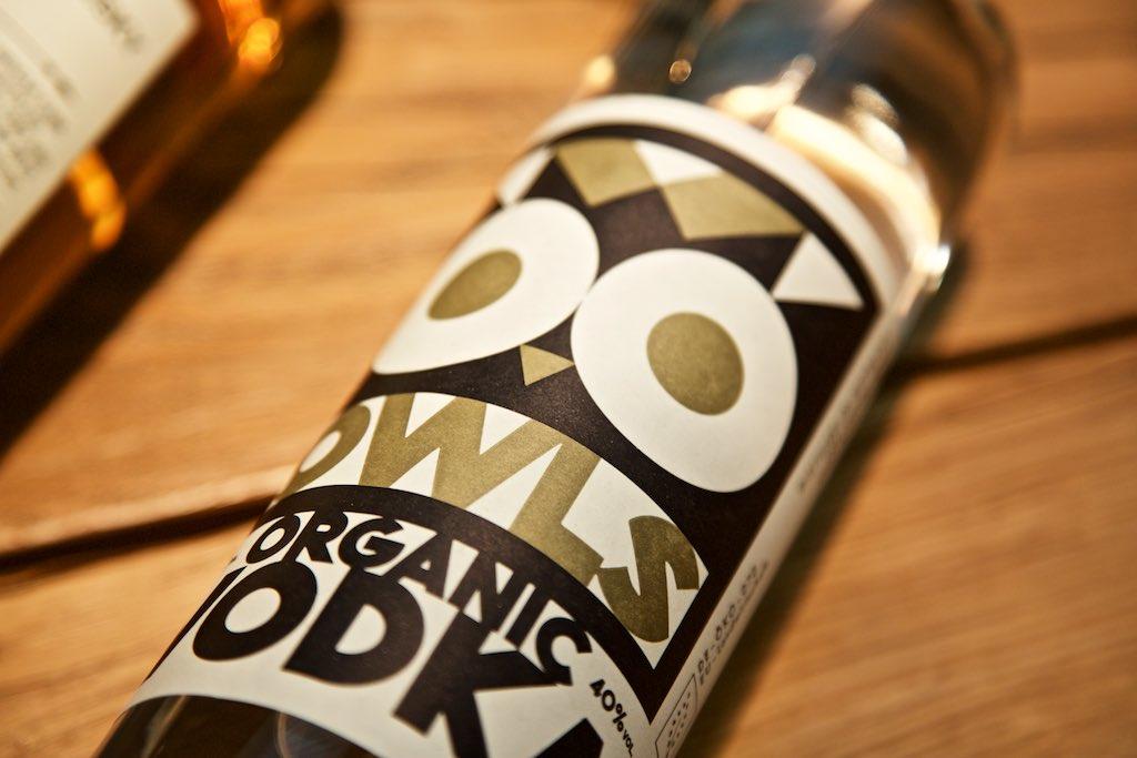 Spirituosen Geschenk für Weihnachten: OWLS Wodka mit Getreide aus Niedersachsen